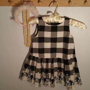 Piper & Josie Size 6 Black White Check Girls Top